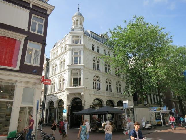 Shopping in Amsterdam – Shop 'til drop in the streets of Amsterdam